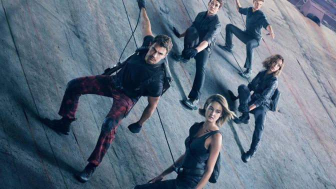 Divergent Series: Allegiant (***) gets worse than it gives